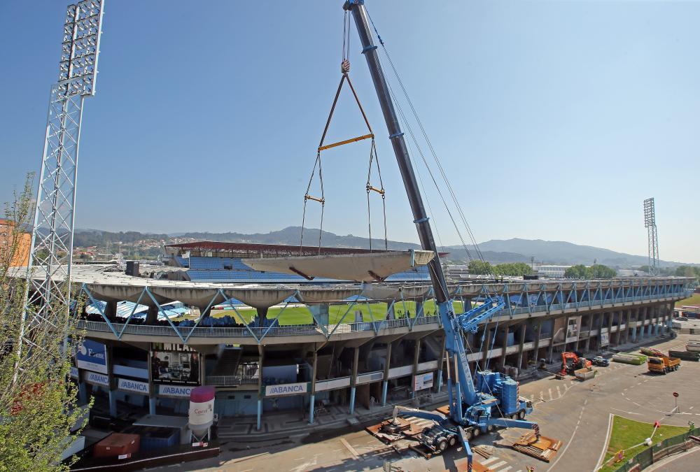Vigo Football Stadium MOD 110H and MOD 70H 1